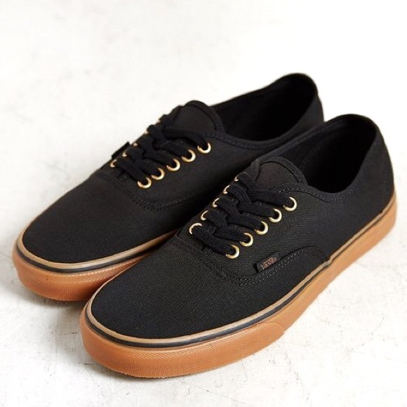 e871b8aa72f Vans Black Brown Gum Sneakers w  Brass Eyelets. M 5b73149528309556bec3bb3c